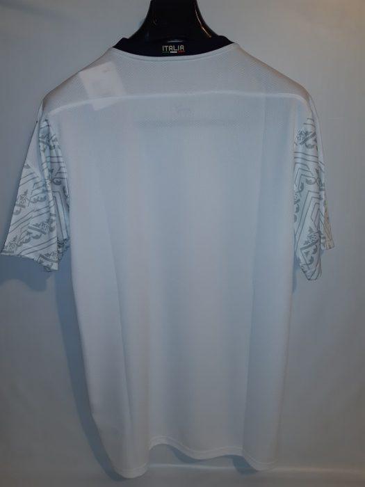 لباس دوم ایتالیا