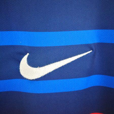 لباس اول فرانسه 2020