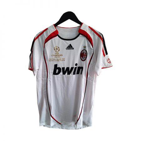 لباس کلاسیک میلان فینال لیگ قهرمانان 2017