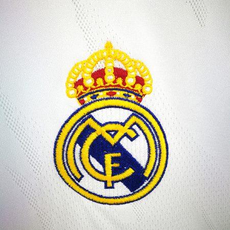 لباس اول رئال مادرید 2021