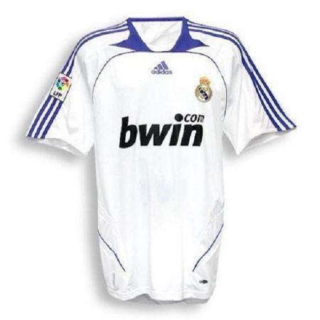 لباس کلاسیک اول رئال مادرید 2008