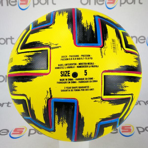 توپ فوتبال یورو 2021