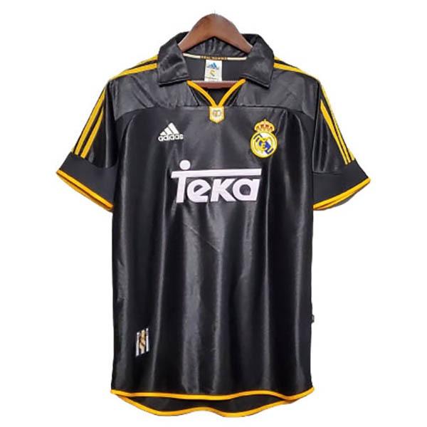 لباس کلاسیک دوم رئال مادرید 1999