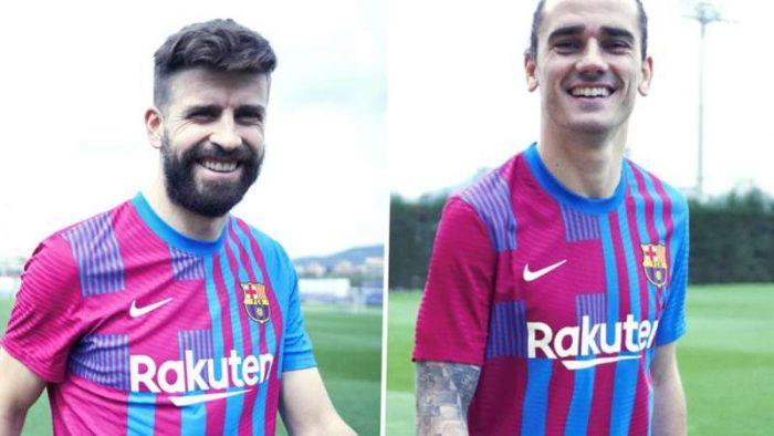 لباس اول بارسلونا 2022