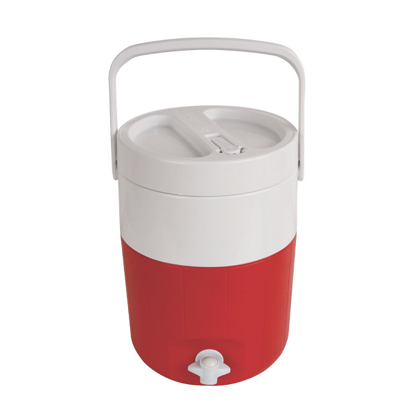 با کولر نوشیدنی Coleman® 2 Gallon گروه را در روزهای متلاطم خنک و مرطوب نگه دارید. قسمت بالای دهانه دهان باعث پر شدن آسان از جمله افزودن یخ توسط انگشت شمار می شود. دو گزینه توزیع به شما قابلیت استفاده بیشتر با این کولر نوشیدنی را می دهد. یا آن را روی یک میز یا نیمکت قرار دهید و اجازه دهید کل گروه ها لیوان های خود را از شیر آب آسان پر کنند ، یا دریچه تلنگر را باز کنید تا یک نوشیدنی سریع و بدون یک فنجان بخورد. در هر صورت ، دسته وثیقه حمل را آسان می کند و درب پیچ و مهره ای آن ایمن باقی می ماند ، بنابراین مهم نیست که کجا بروید ، یک نوشیدنی خوشبو کننده همیشه برایتان آماده است. امکانات شیر آب با استفاده آسان به شما امکان می دهد به راحتی نوشیدنی خود را پر کنید فلیپ فور گرفتن یک نوشیدنی را آسان کرده و سپس خنک کننده نوشیدنی خود را بطور ایمن ببندید درپوش پیچ در ماجراهای شما ایمن می ماند دسته وثیقه حمل آسان را فقط با یک دست امکان پذیر می کند بالای دهان برای پر کردن آسان ، به خصوص با یخ عایق کم CO2 برای کاهش انتشار کربن در تولید کف ساخت آمریکا